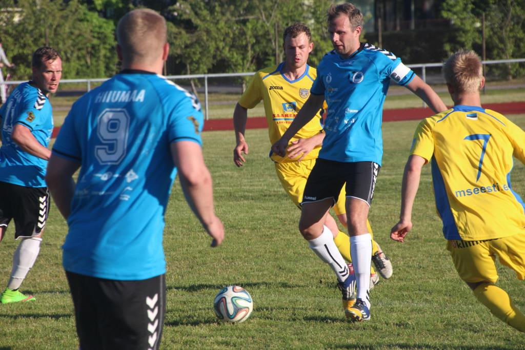 FC Kuressaare ründaja ja Hiiumaa koondise kapten Tõnis Koppel vedas oma mehed mullu võidule. Alver Kivi