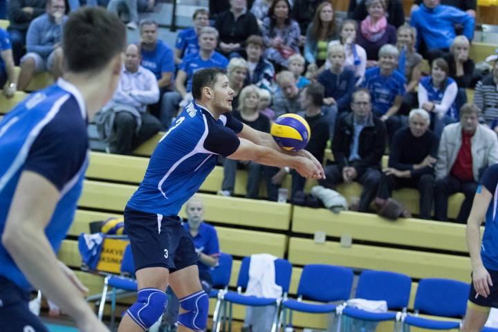 Keith Pupart vastuvõtul. volley.ee