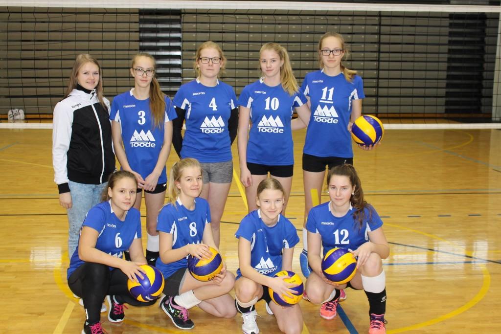 Spordikooli võistkond. Saaremaa Võrkpalli Liit