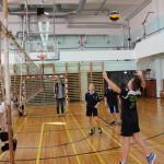 Poisid mänguhoos. Saaremaa Võrkpalli Liit