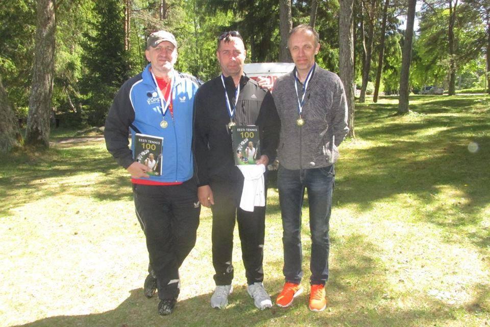 Vasakult: Gunnar Usin, Gabriel Alesmaa, Ain Koplimäe. Erakogu