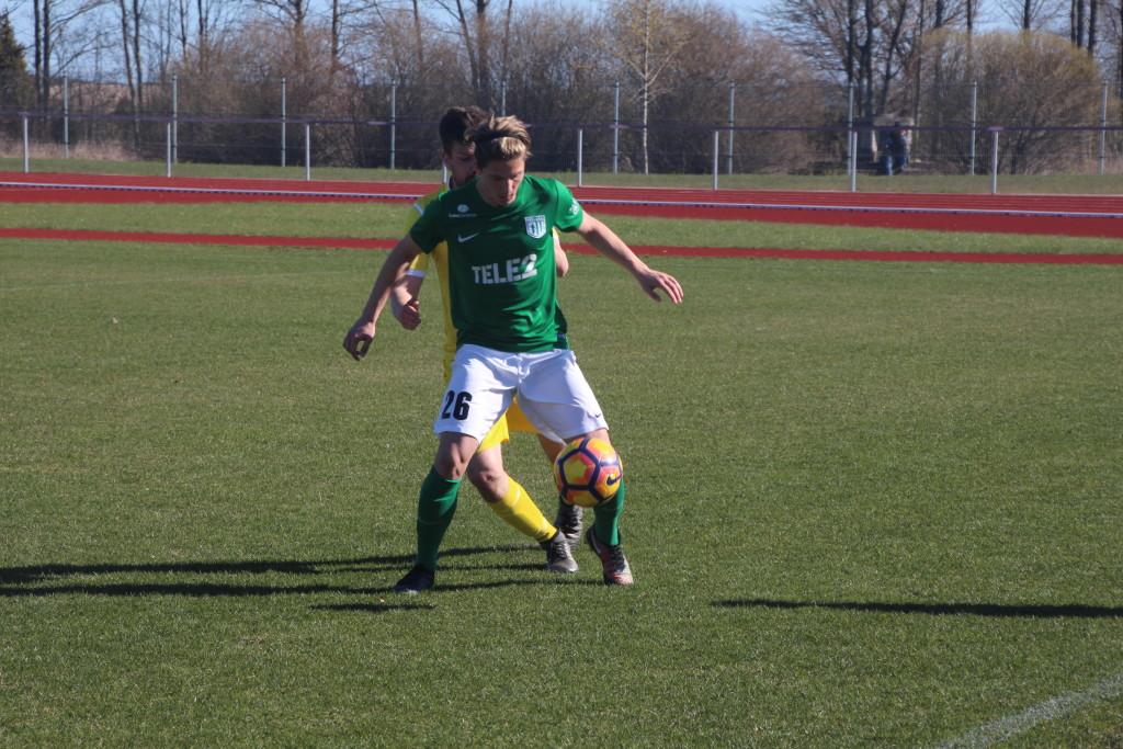 Rasmus Saar FC Flora vormis. Alver Kivi