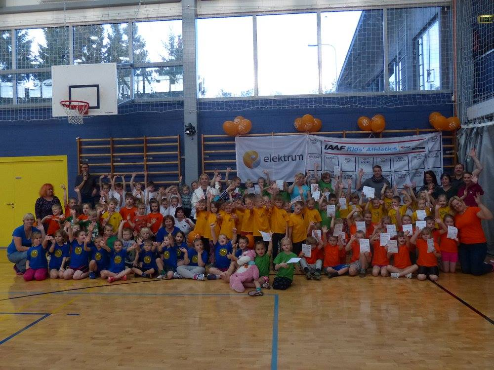 Lõbusad osalejad. Orissaare Sport
