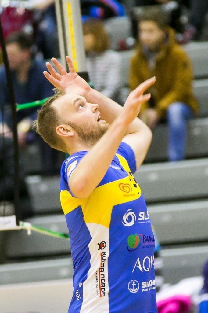 Rakvere poolel mängis resultatiivselt Andris Õunpuu. Irina Mägi