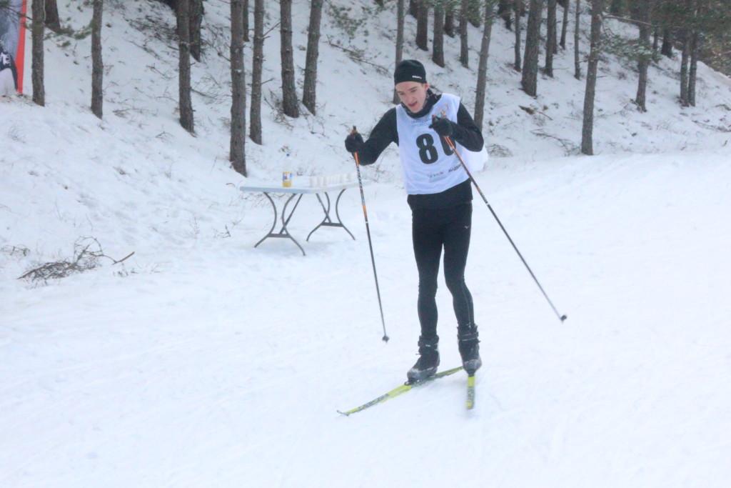 Karl-Jakob Toplaan teel finišisse. Alver Kivi