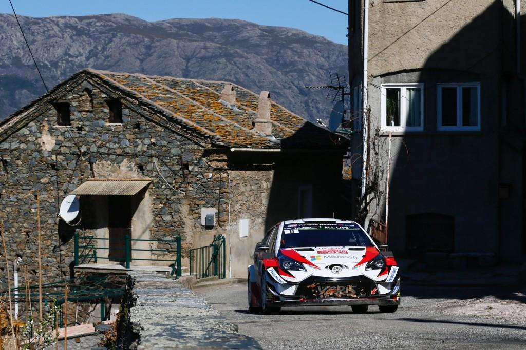 Ott Tänak sõidab Korsikal poodiumi konkurentsis. Toyota Gazoo