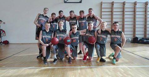 Korvpallipoisid. Orissaare Sport