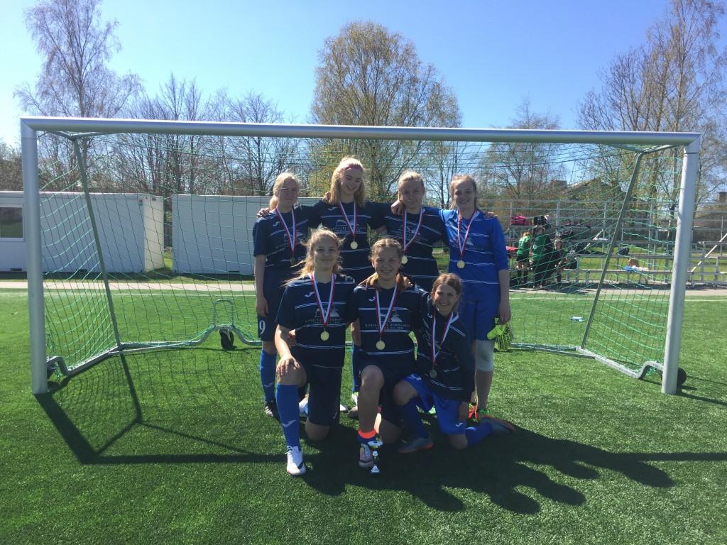 Võidukas KG võistkond. FC Kuressaare