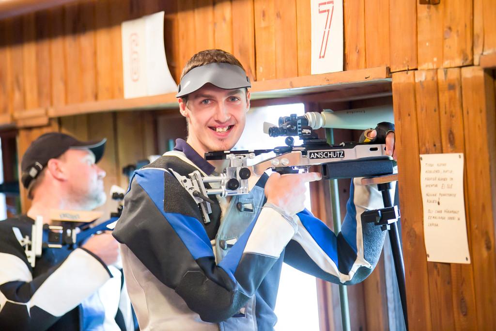 Andero Laurits võitis standardilaskmise. Irina Mägi