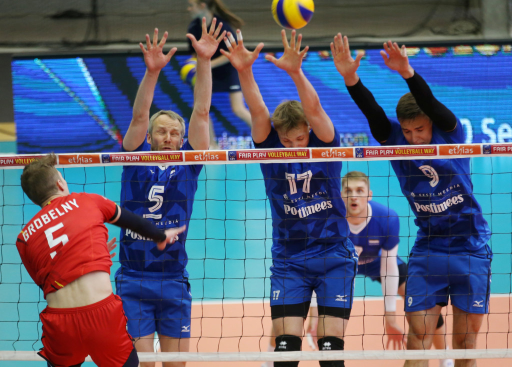 Timo Tammemaa blokis. volley.ee