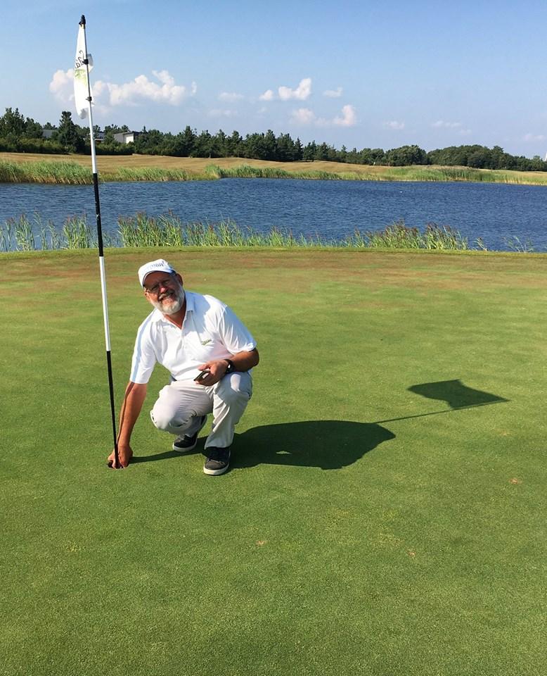 Õnnelik Aivo Kanemägi. Saare Golf