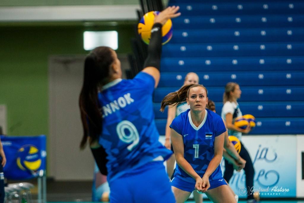 Nette Peit soojendusel. Gertrud Alatare/volley.ee