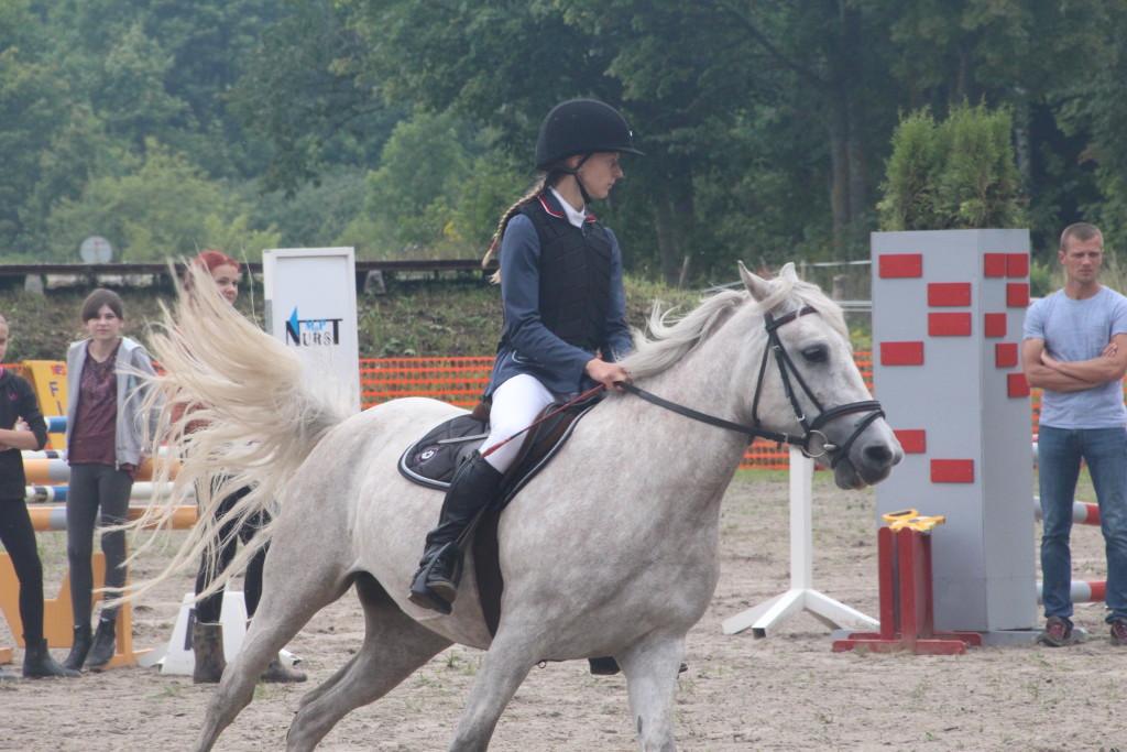 Luise Vevers võistlustules. Alver Kivi