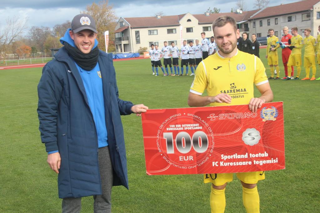 Auhinna tseki andis Sander Seemanile üle kapten Sander Viira. Alver Kivi