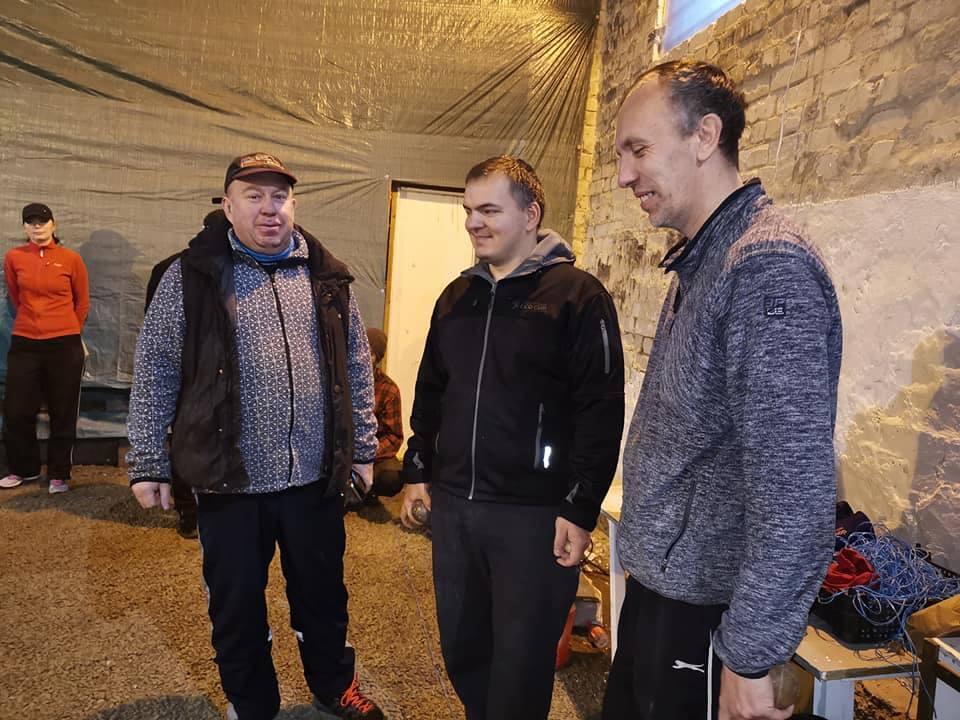 Pildile jäid (vasakult) Tõnu Munk, Aare Trave ja Ain Koplimäe. Gunnar Usin