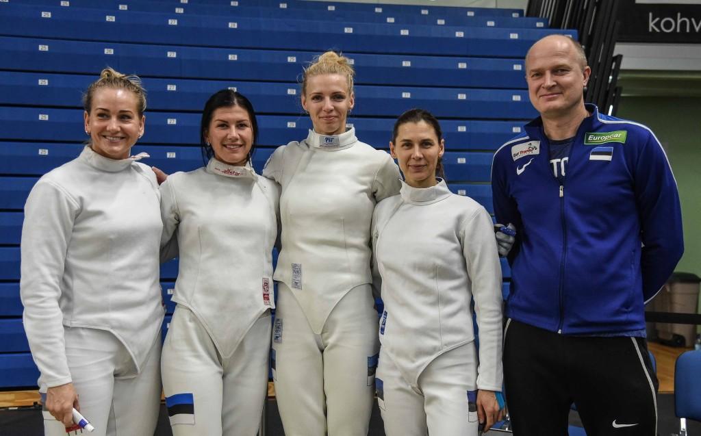 Eesti naiskond. Eva Pavia/Pizzi team