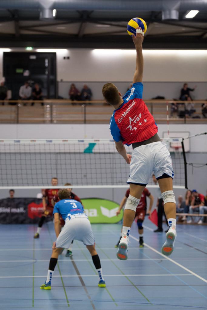 Servimas. Luzern Volley