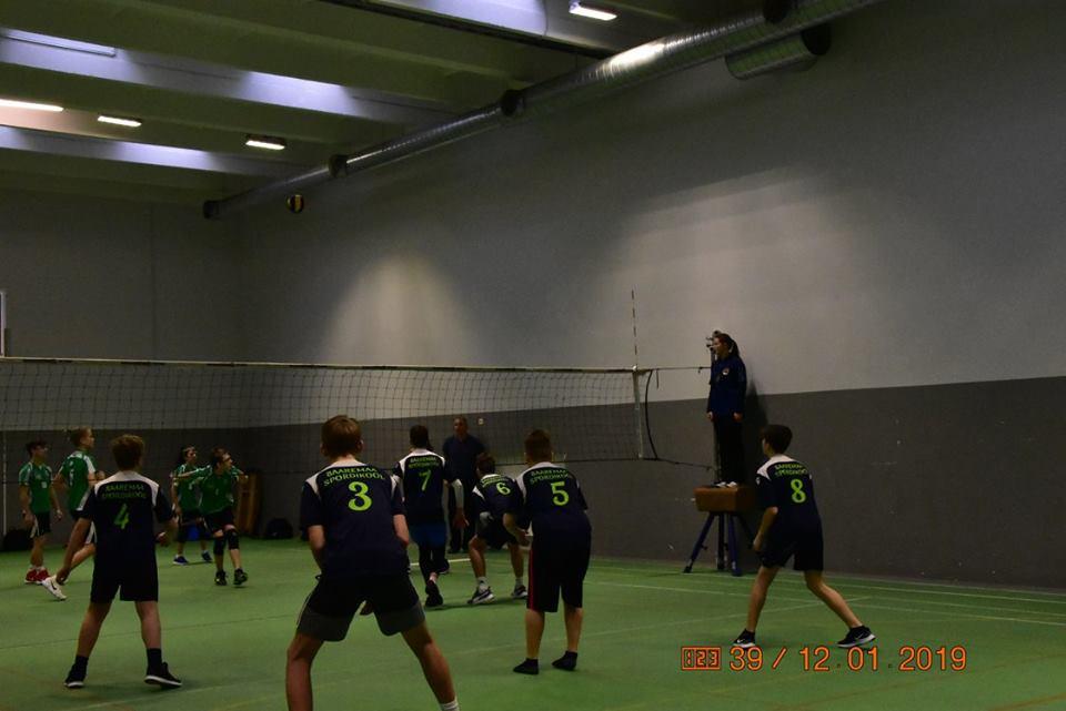 Mängukogemusi hankimas. Saaremaa Võrkpalli Liit