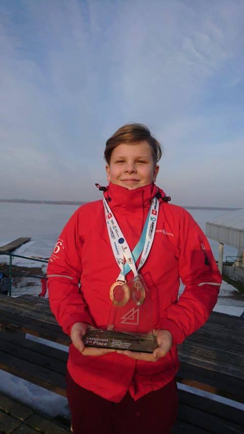Georg Paomees medaliga. Priit Paomees