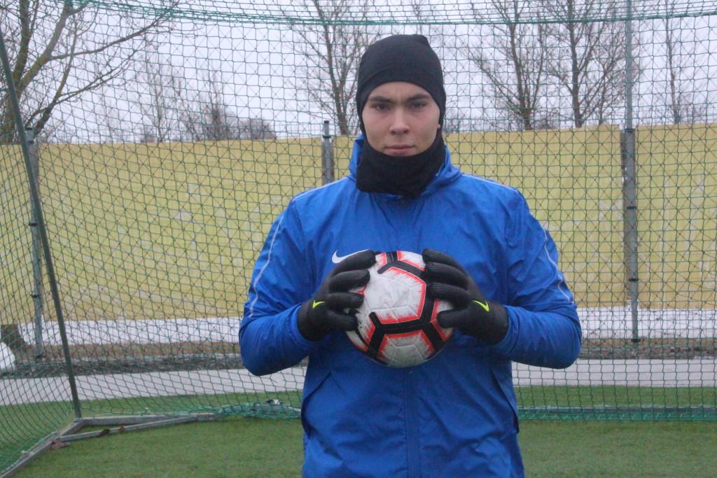 Magnus Karofeld treeninglaagris. Alver Kivi