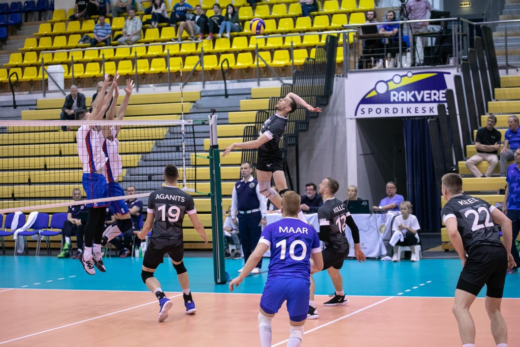 Hindrek Pulk rünnakul. Ain Liiva/volley.ee