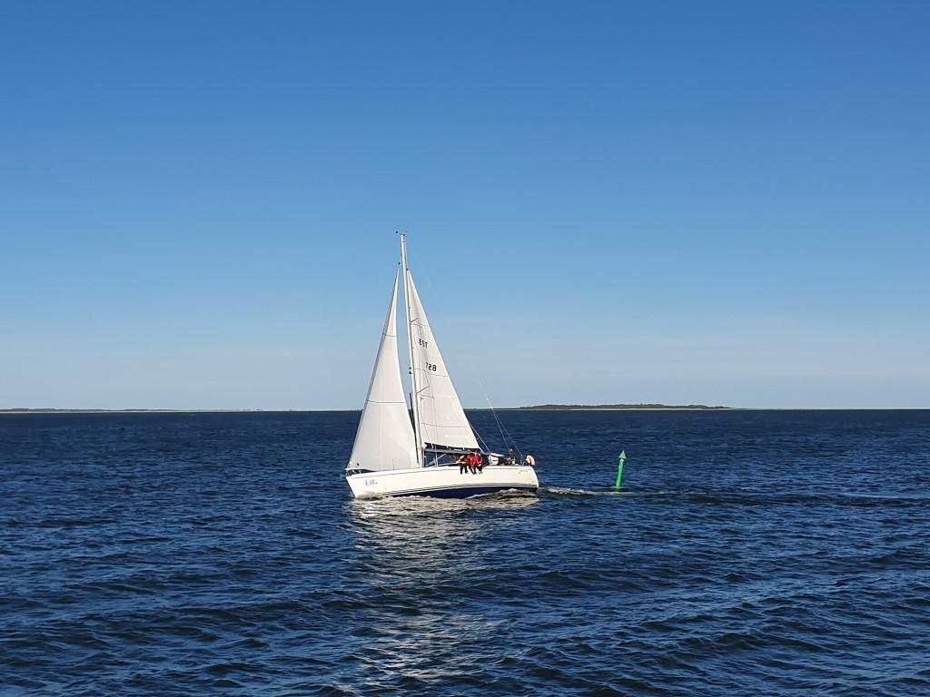 Jaht Elli merel. Saaremaa Merispordi Selts