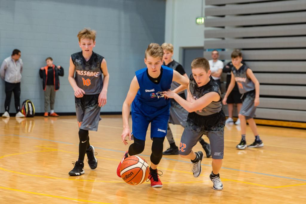 U13 poisid : Rasmus Olop (Orissaare), Kaspar Esko (Saaremaa Spordikool), Tanel Kreem (Orissaare). Allan Mehik