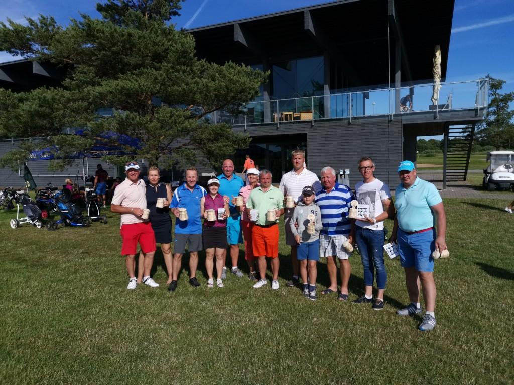 Parimad auhindadega. Saaremaa golf