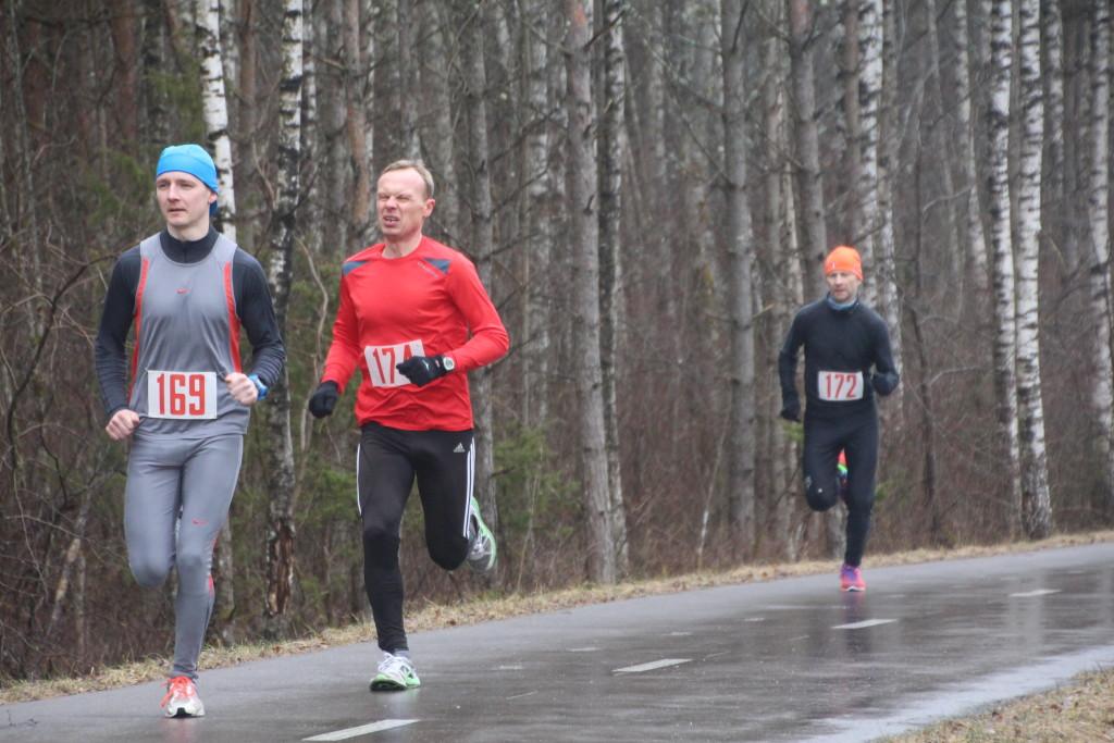 Mairo Mändla ikka jooksjaterivi eesotsas. Alver Kivi