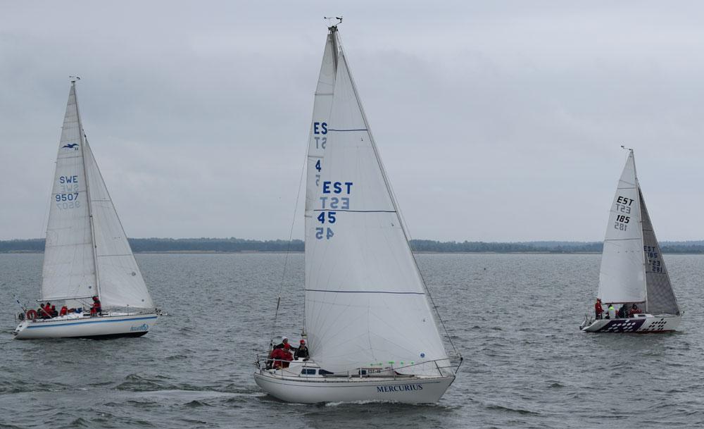 Mercuriuse juhtimisel. Saaremaa Merispordi Selts
