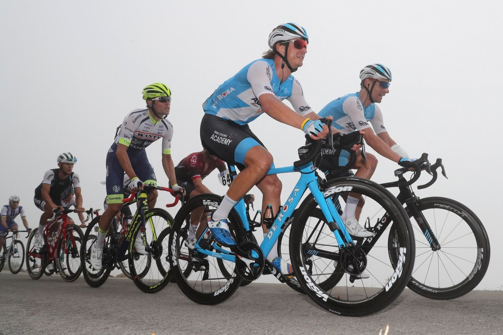 Mihkel Räim grupis. Israel Cycling Academy