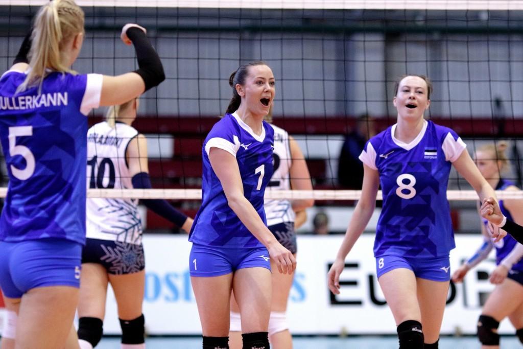Nette ja Eliisa Peit. volley.ee