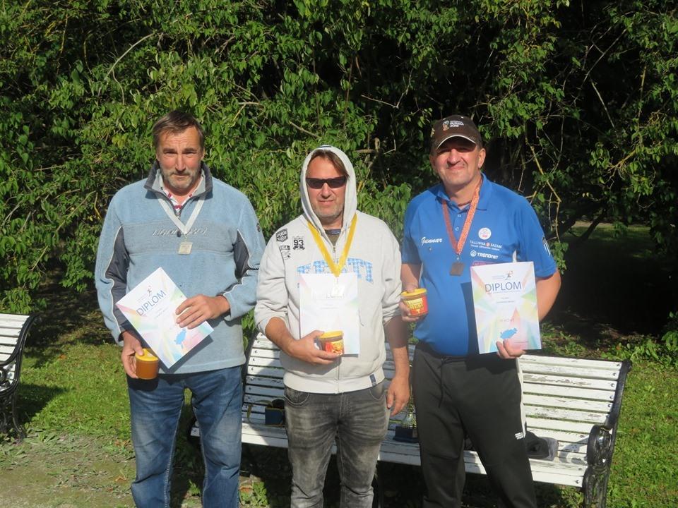 Singli meistrivõistluste medalikolmik: (vasakult) Jüri Janson, Tarvo Pihlas, Gunnar Usin. Pilt: Siim Sooäär