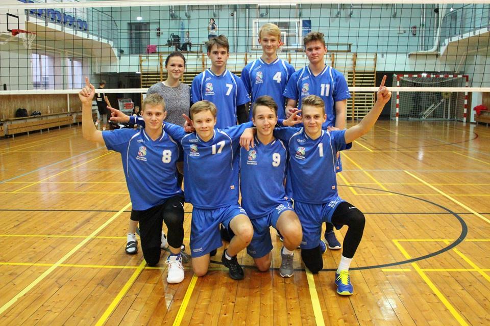 Võidukas võistkond. Saaremaa Võrkpalli Liit