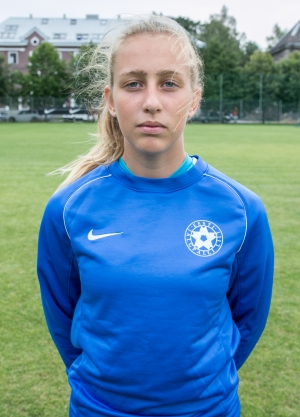 Victoria Vihman sai tõsise tööpäeva. jalgpall.ee