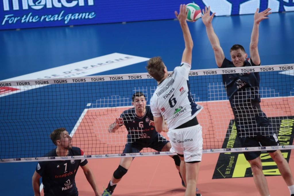 Timo Tammemaa rünnakul. Tours Volley Ball facebook