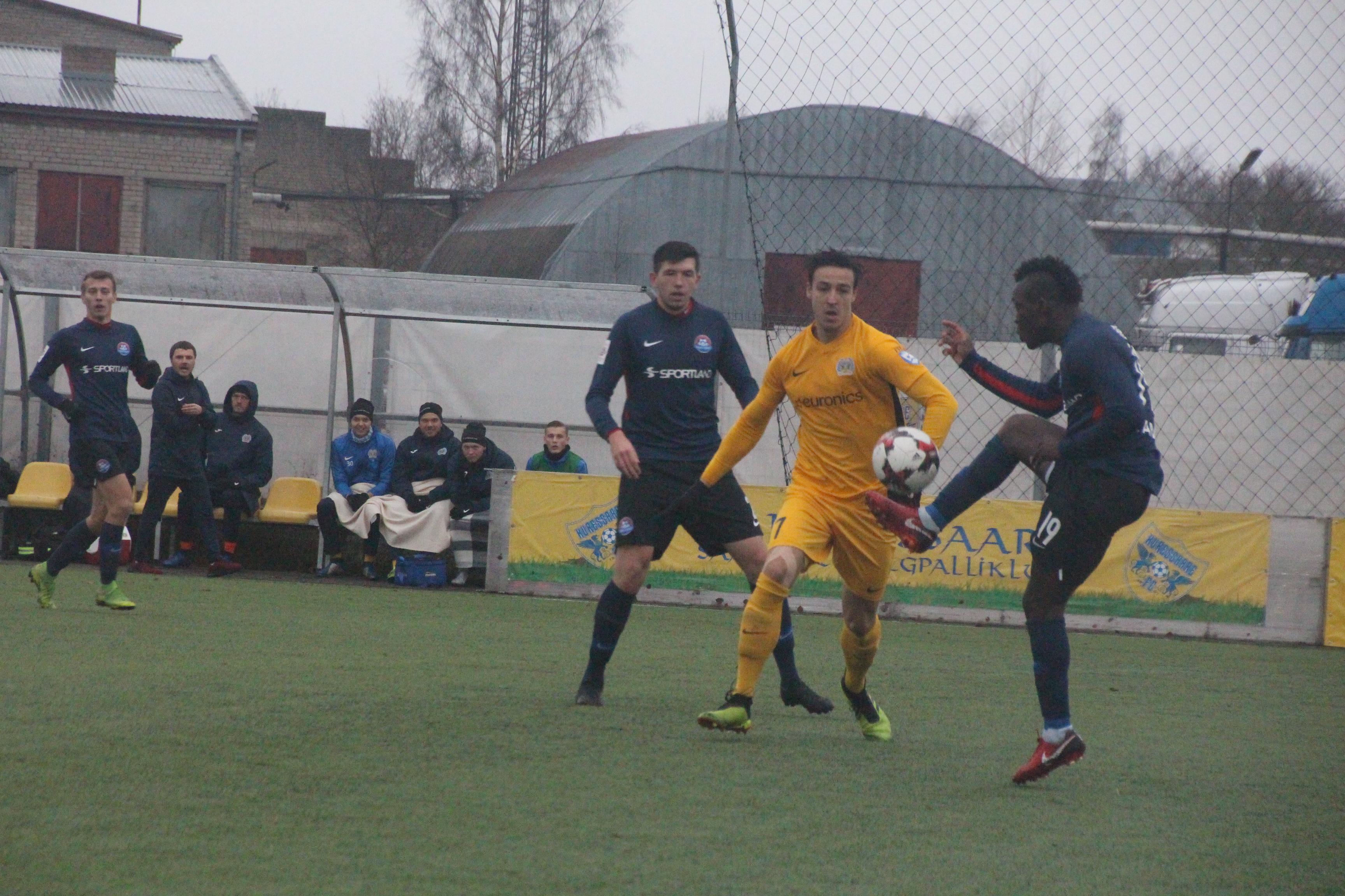 FC Kuressaare üleminekumängudele