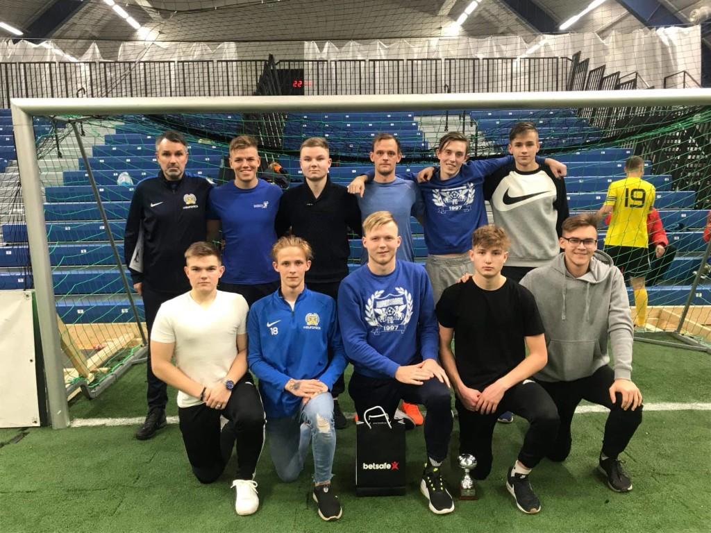 Kolmanda koha meeskond. FC Kuressaare