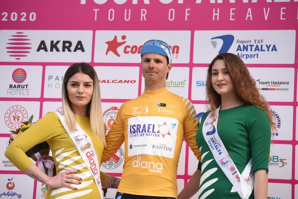 Võitjana poodiumil. Israel Start-Up Nations