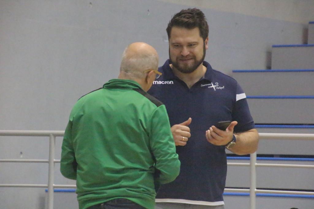 Hannes Sepp Almerias asju korraldamas. Alver Kivi