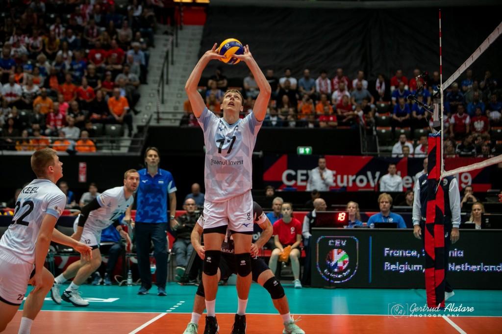 Timo Tammemaa tõstmas. Gertrud Alatare/volley.ee