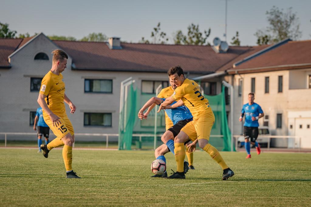 FC Kuressaare püsib mängus. Allan Mehik