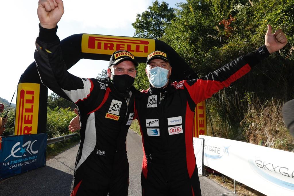 Rõõmsad võidumehed. FIA ERC
