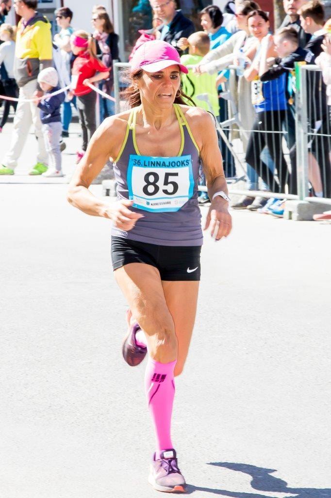 Liliana Torn jooksurajal. Irina Mägi
