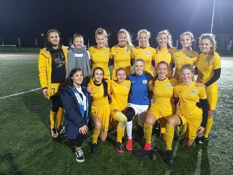 Võistkond pärast viimast mängu. FC Kuressaare