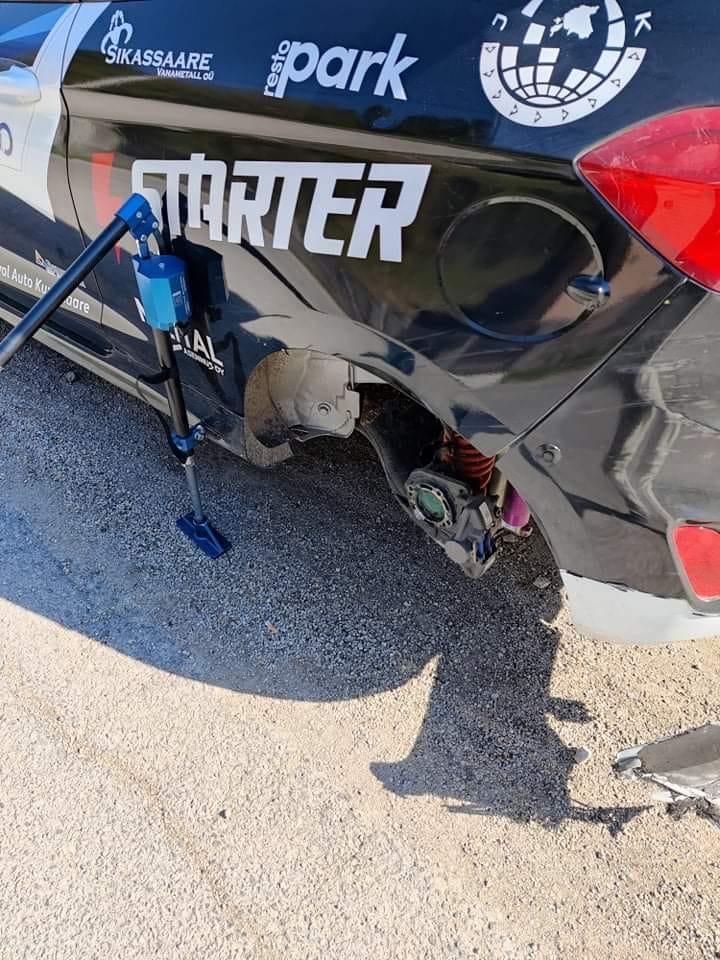 Tagarattata auto. Robert Virves facebook