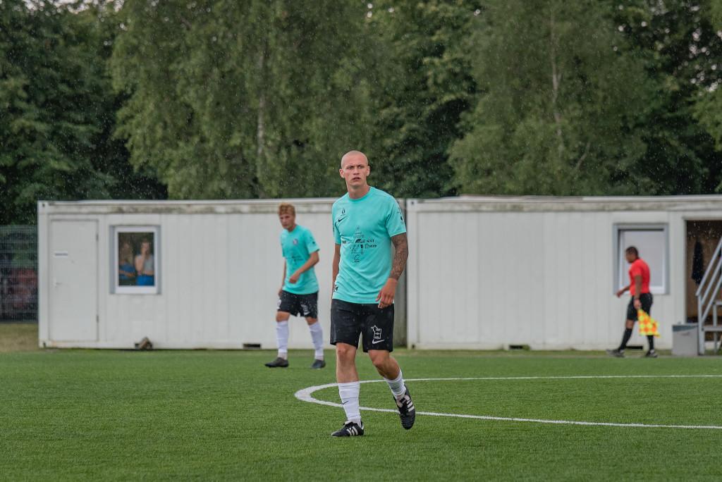 Karmo Paju realiseeris Hiiumaa penalti. Allan Mehik