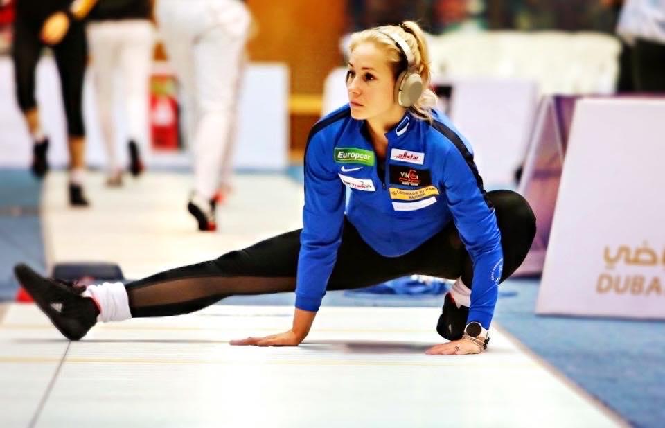 Kristina Kuusk soojendusel. Team Bizzi