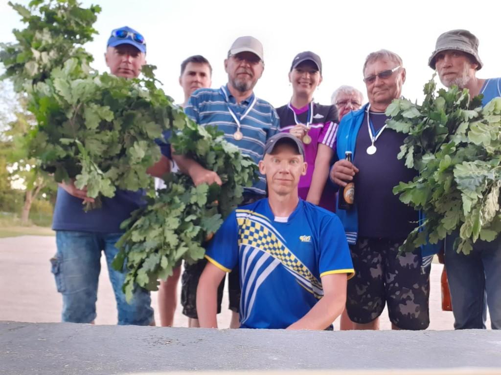 Rahulolevad osalejad. Saaremaa Petangiklubi