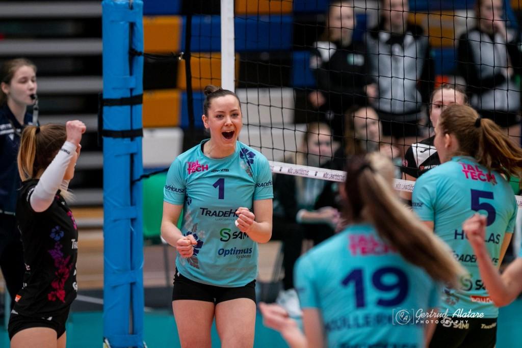 Nette Peit rõõmustamas. Gertrud Alatare/volley.ee